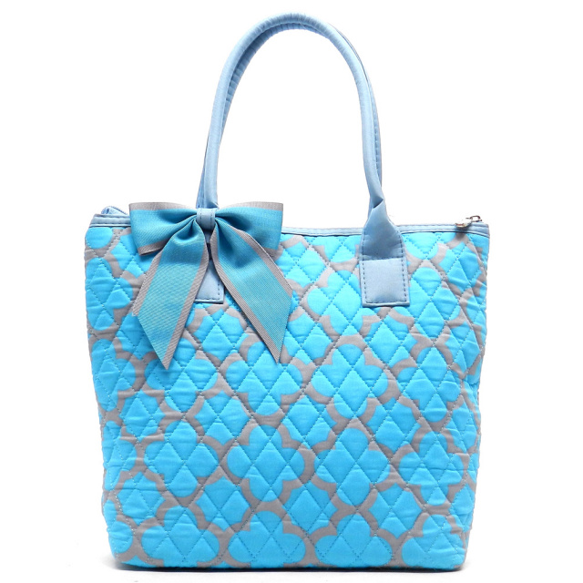 Quilted Quaterfoil Print Tote